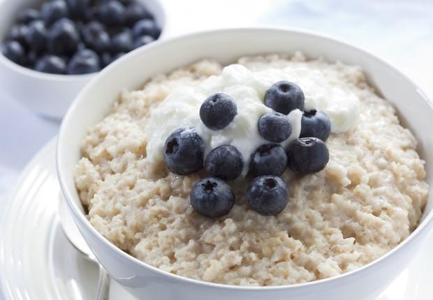 Mingau de aveia com iogurte, dois alimentos que podem turbinar a dieta de um empreendedor (Foto: Shutterstock)