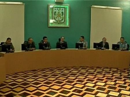 Promotor Armando Brasil participou de coletiva e disse para população não entrar em pânico (Foto: Reprodução / TV Liberal)