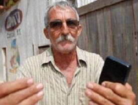 Valdinei Palhares, 56 anos, dono de carvoaria.