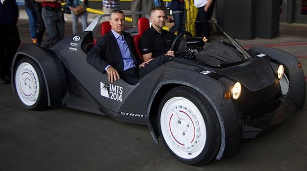 Stratis: carro é feito com uma impressora 3D (Foto: Divulgação)