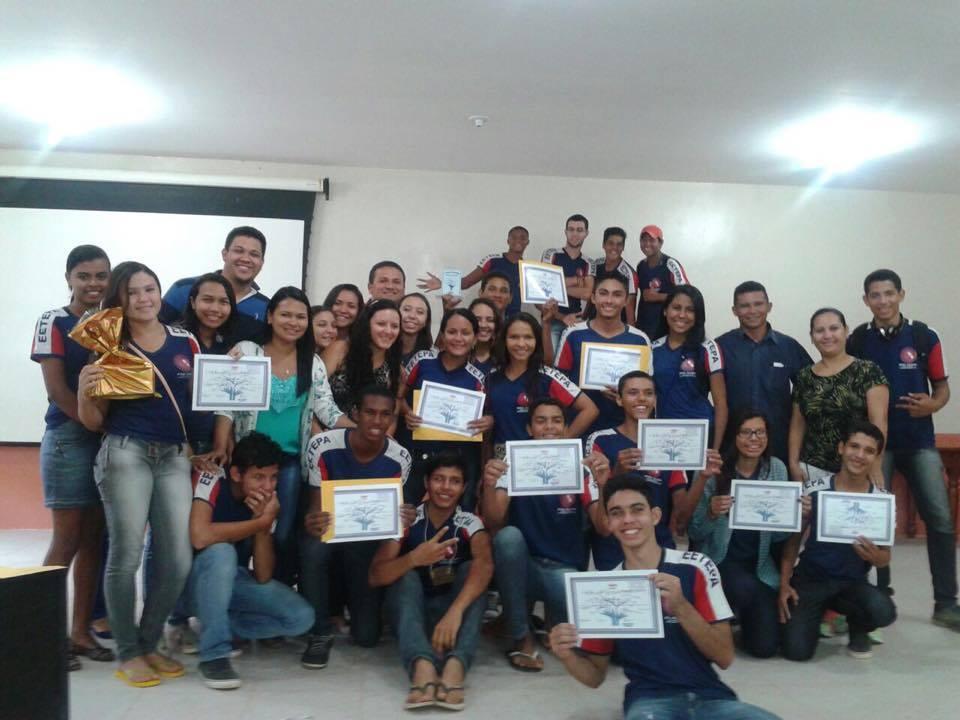 Alunos da EETEPA Tailândia (Foto: reprodução)