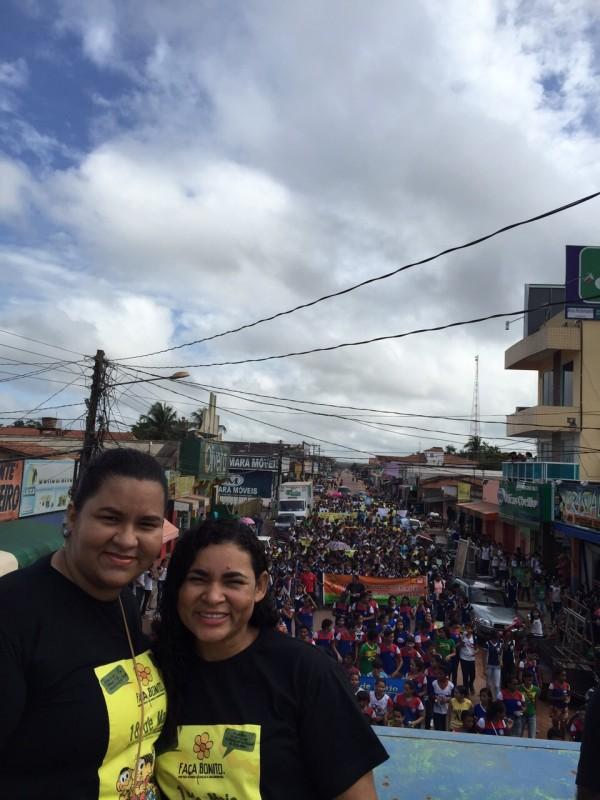 Vanessa Melo de Jesus coordenadora do CREAS Municipal e a secretária de Assistência Social Sunamita Sobral (Foto: divulgação)
