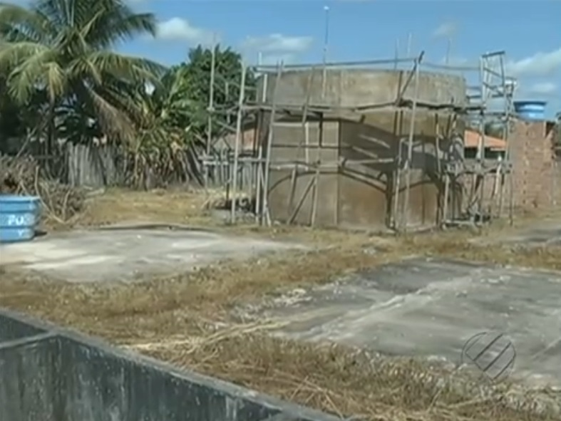 Obra deveria beneficiar quatro bairros da periferia. (Foto: Reprodução/TV Liberal)