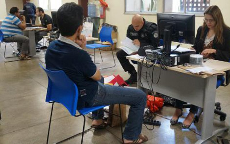 Presos por esquema prestaram depoimento na Delegacia Geral nesta quarta-feira (1º). (Foto: Polícia Civil)