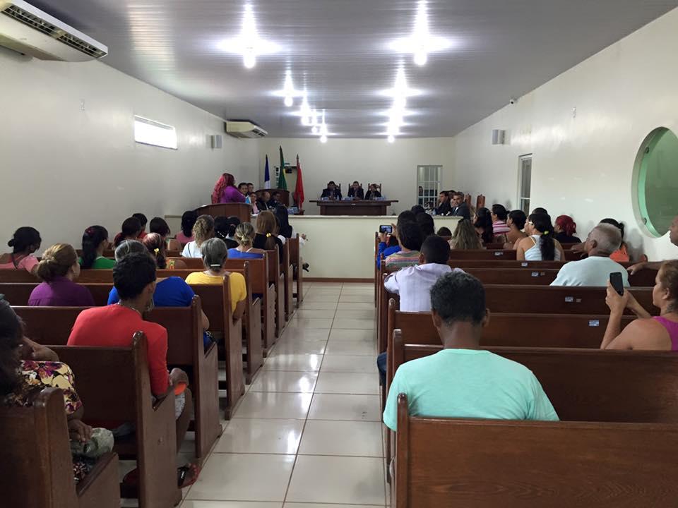 Sessão contou com a presença de populares (foto: Josenaldo Jr / Portal Tailândia)