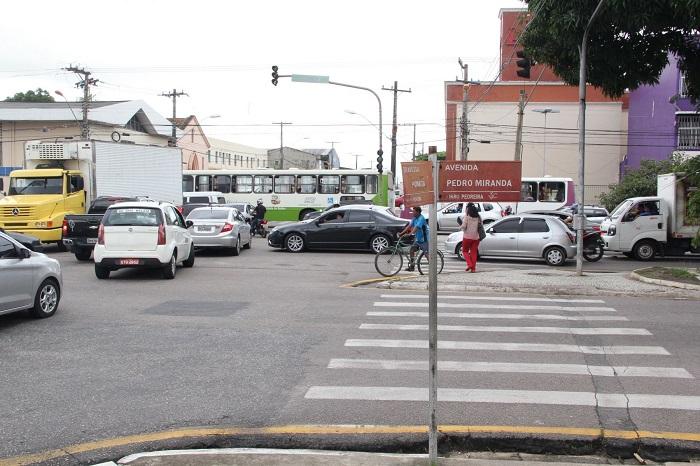 Cruzamento da Avenida Pedro Miranda com a Travessa Humaitá, em Belém (Foto: Ivan Duarte)